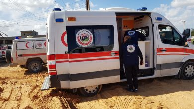 Photo of Ambulance and emergency team evacuating 210 families south of Tripoli