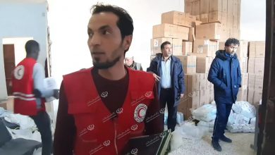 Photo of Libyan Red Crescent distributes aid to displaced families in Bani Walid