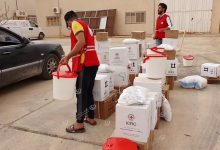 Photo of The Libyan Red Crescent distributes aid to the displaced families in Bani Walid